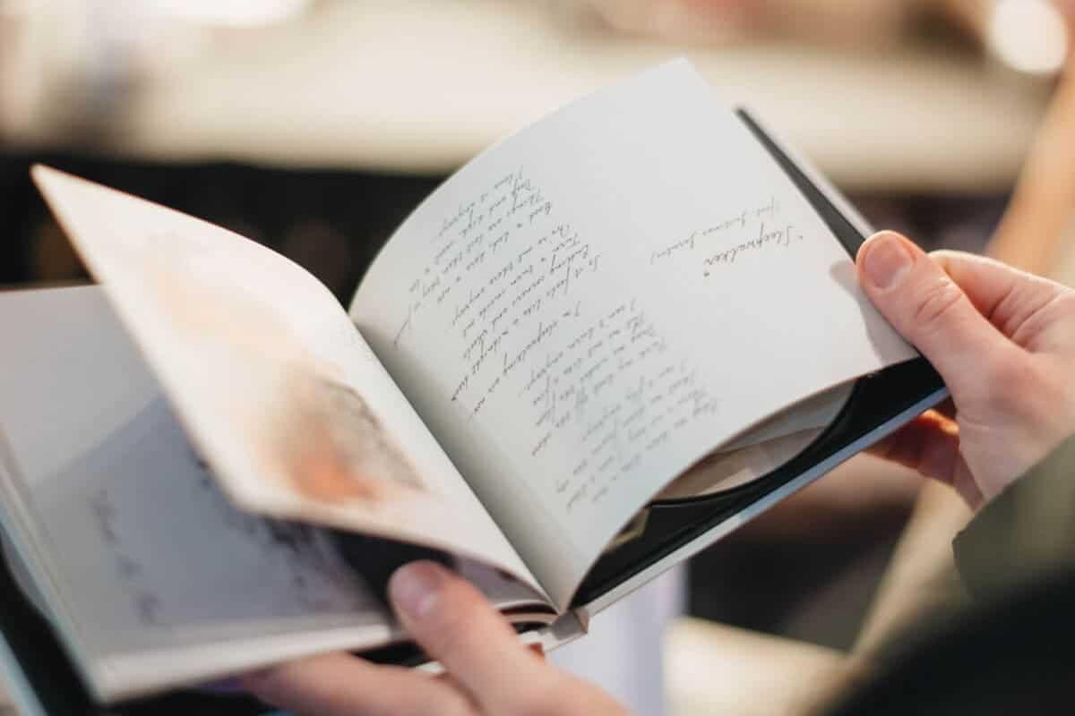 book-17@2x